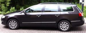 B6 w wersji Variant oferuje 5 wygodnych miejsc + 603 litrowy bagażnik, w wersji sedan 565 litrów